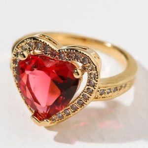 New Vanessa Mooney the cherry head ring gold